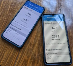 Benchmarking the Oppo Reno 2 (left) against the Huawei P30 Pro